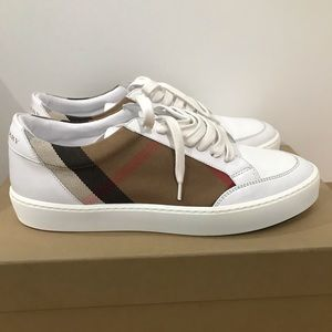 Burberry Women's Salmond Lace Up Sneakers